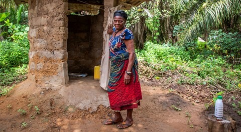 Tener baño, requisito imprescindible salir pobreza
