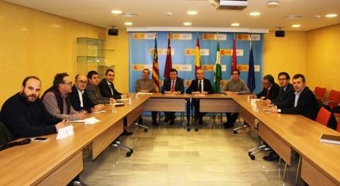 usuarios abastecimiento Segura presentan ideas al Pacto Nacional Agua