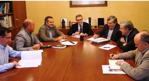 Mario Urrea analiza concesión agua regantes Agramón y Cancarix