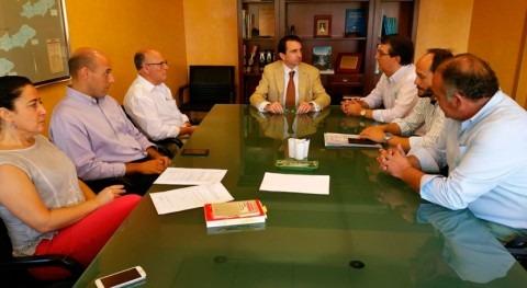 CHT dialoga alcaldes Herencias y Calera y Chozas embalse Azután