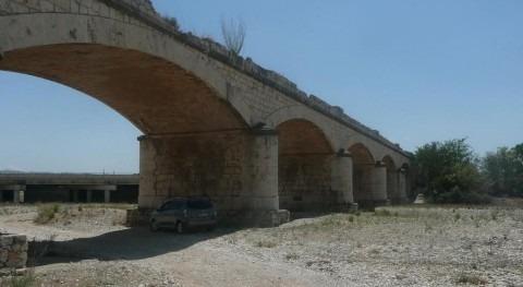 Rambla del Poyo aguas arriba del cruce con la autovía A-3 en Valencia.
