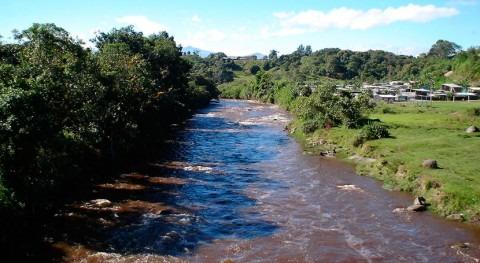 Miles colombianos son evacuados riesgo rotura presa río Cauca