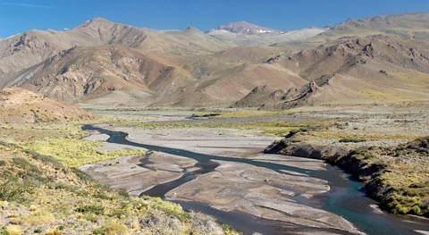 estudio identifica diferencias variación caudal ríos Chile, Bolivia y Argentina