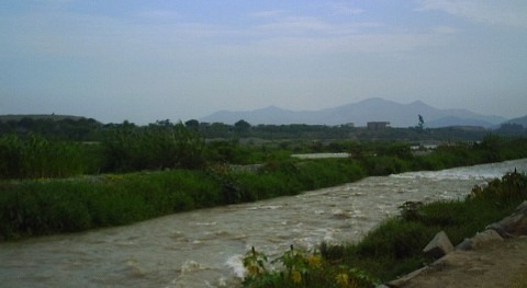 Presidente Perú supervisa PTAR Huachipa, afectada desborde río Rímac