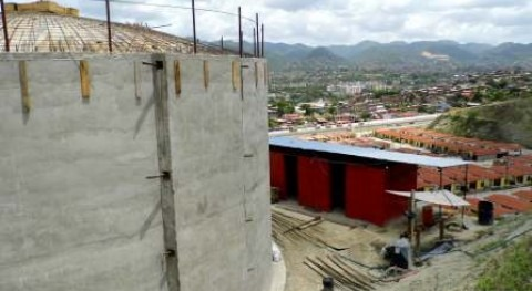 urbanización Rosa Mística Guarenas comienza recibir agua culminación obra abastecimiento