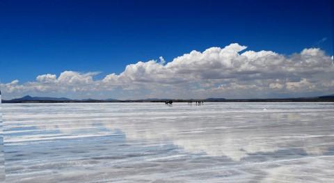 Uyuni, mayor espejo planeta desierto boliviano