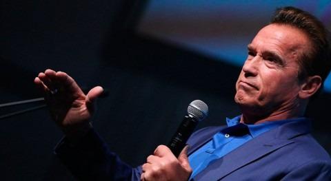 """Arnold Schwarzenegger: """" protección medio ambiente no debe ser cuestión política"""""""