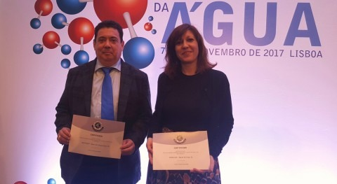 Aquaelvas y Aquamaior reciben sello calidad manos regulador portugués