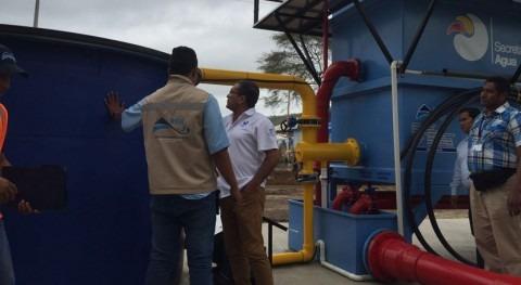 Ecuador mejora saneamiento Canoa potabilizadora y vehículo hidrosuccionador