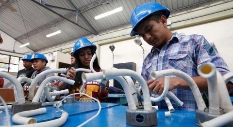 Gobierno peruano crea SERUMAS, programa destinado jóvenes comprometidos agua