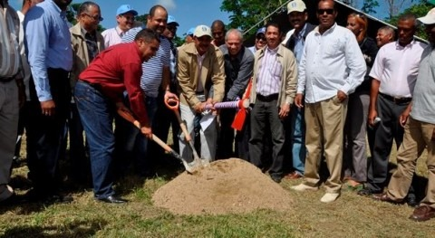 Comienzan trabajos electrificación sistema riego municipio dominicano Sabana Mar