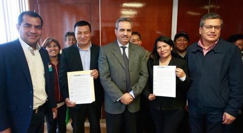 Gobierno Perú lleva agua 77.000 pobladores San Juan Lurigancho