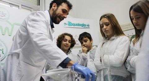 30.000 escolares España se adentran ciclo urbano agua gracias Aqualogía