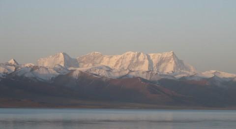glaciares Himalaya liberan contaminantes atrapados al derretirse
