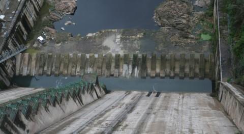 Cataluña mejora varios elementos toma Sau reducir erosión