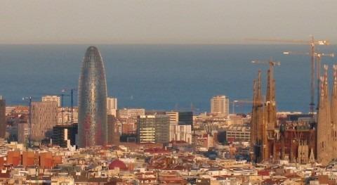La Torre Agbar, anterior sede de la entidad