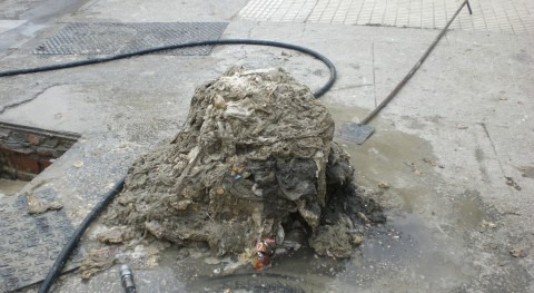 precio usar inodoro como papelera: 18% más mantenimiento alcantarillado
