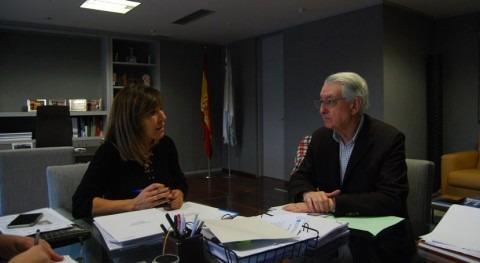 Xunta y Valga estudian cómo mejorar red saneamiento y abastecimiento municipio