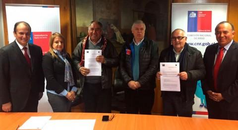 Chile lanza programa integral riego potenciar sistema productivo valle Cayucupil