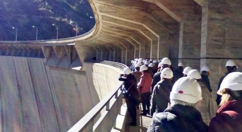 34 delegaciones extranjeras y nacionales conocen gestión ciclo agua Madrid