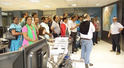 Expertos indios gestión recursos hídricos y seguridad presas visitan SAIH CHJ