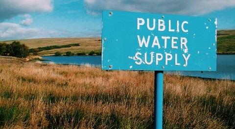 ¿Remunicipalizar agua?