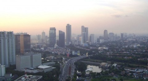 Yakarta se sigue hundiendo pesar mejora aguas subterráneas