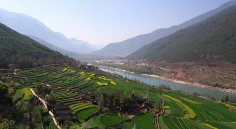 investigación, ser humano arroja tanto carbono al río Yangtze como naturaleza