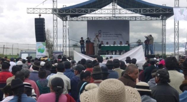 Se firma convenio gestión integral sistema riego público Chambo-Guano