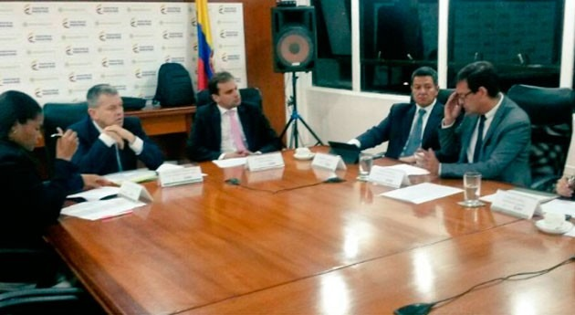 Gobierno Colombia une fuerzas río Magdalena