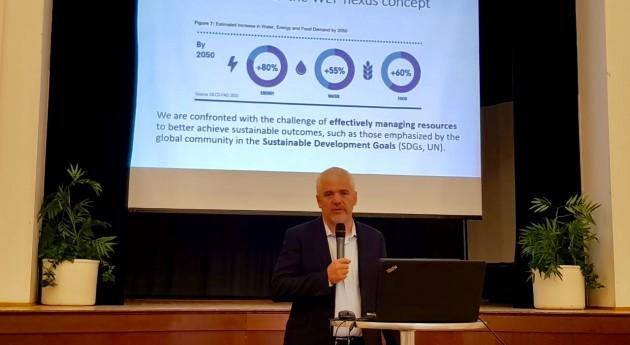 Presentan investigadores CdA nexo agua, energía y alimentos República Checa