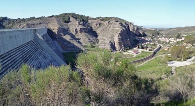 Presa del Val-Los Fayos.