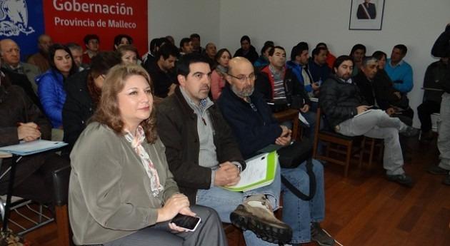 Comisión Nacional Riego forma agricultores Araucanía