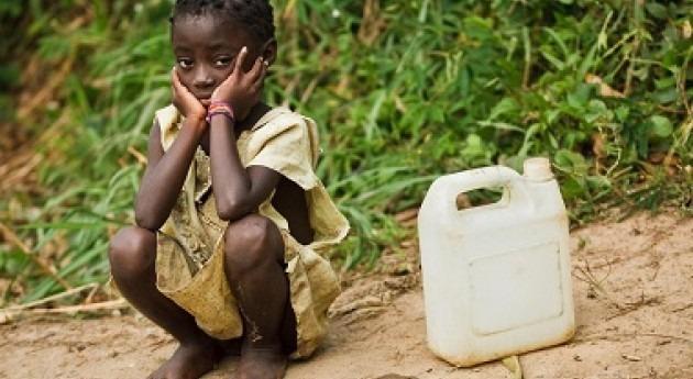 500 niños mueren cada día África Subsahariana falta agua potable y saneamiento