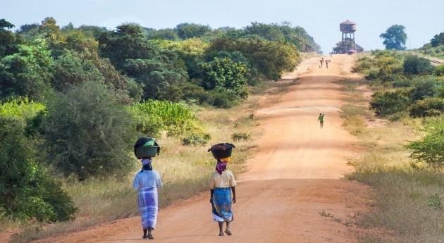 """Agua y saneamiento África, esto también es """"violencia"""" género"""