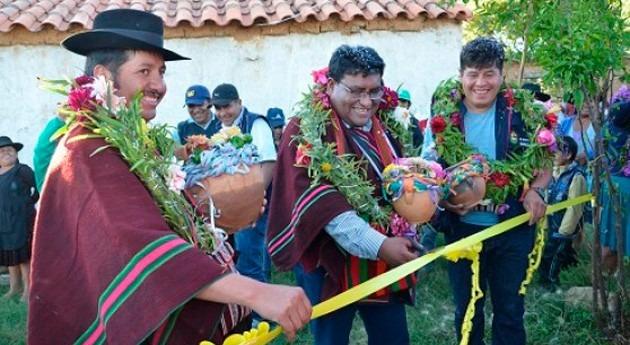 Gobierno Bolivia entrega 4 obras agua potable y saneamiento Chuquisaca