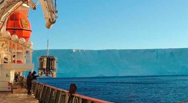rotación Tierra hunde agua deshielo antártico océano