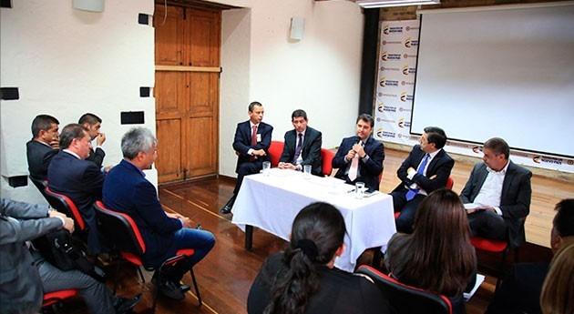 Colombia apoya alcaldes búsqueda soluciones problemas agua Sogamoso