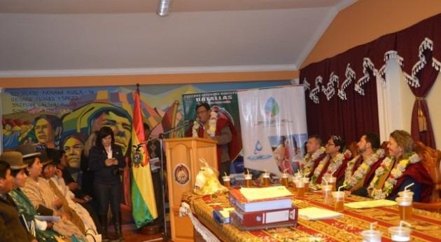 Gobierno boliviano lleva agua potable y saneamiento comunidades Batallas