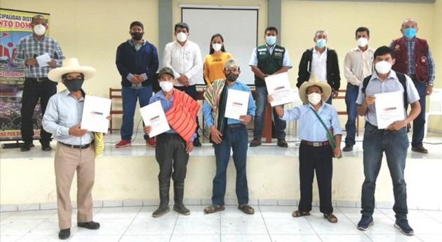 Perú beneficia más 3.000 usuarios entrega licencias uso agua Alto Piura