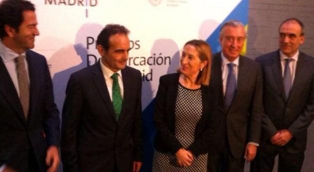 La ministra de Fomento acudió a la entrega de premios (Twitter de ICCP Madrid).