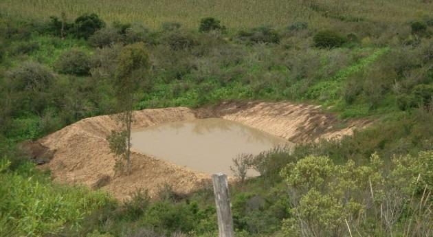 Gobierno Bolivia entrega 108 atajados agua al municipio Aiquile