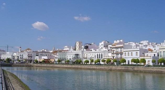 Ayamonter (Wikipedia).