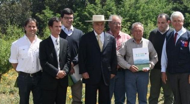 Se entregarán más 19 millones dólares bonos riego agricultores chilenos más afectados sequía