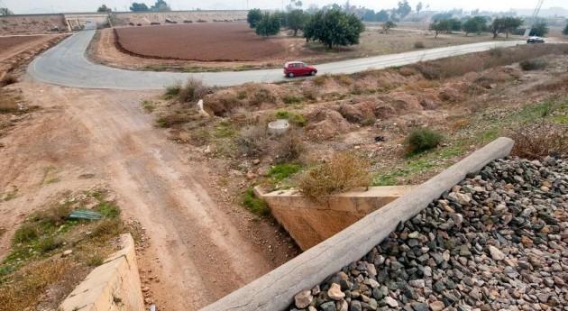 regantes Campo Cartagena ceden camino sifón acondicionamiento