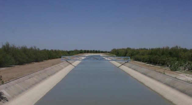 Confederación Guadalquivir licita obras entubado acequias zona regable Guadalquivir 1,83 millones euros
