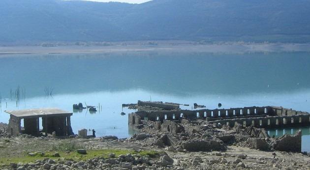 Embalse de Yesa, de donde parte el canal (Wikipedia/CC).