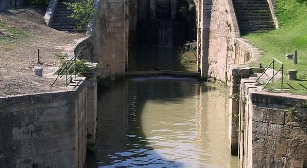 Canal Imperial de Aragón (Wikipedia).