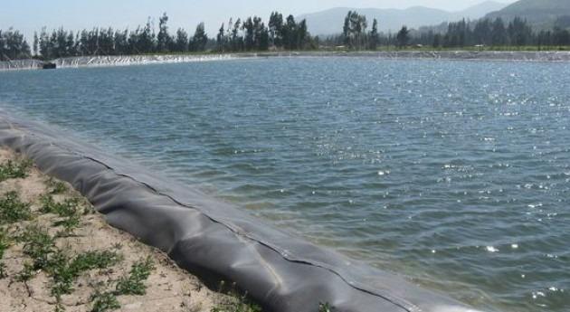 2,4 millones dólares proyectos almacenamiento hídrico regantes chilenos Atacama y Coquimbo