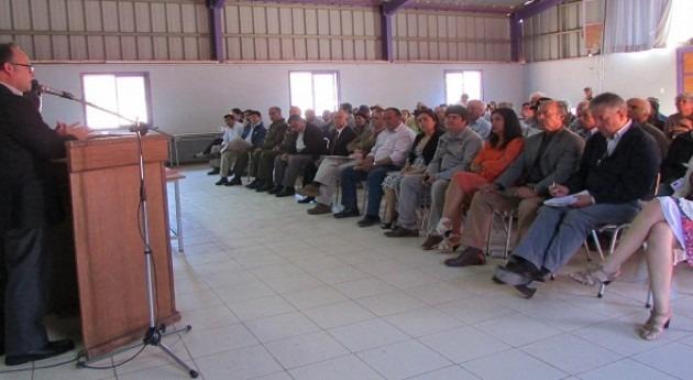 Cerca 1.800 regantes Río Hurtado mejorarán gestión hídrica gracias programa CNR